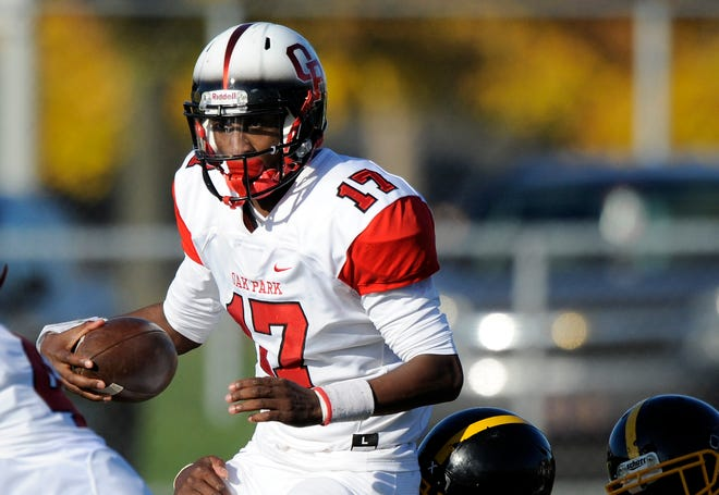 Quarterback Dwan Mathis leads Oak Park, the No. 4 team in the state and the No. 1 team in the North.