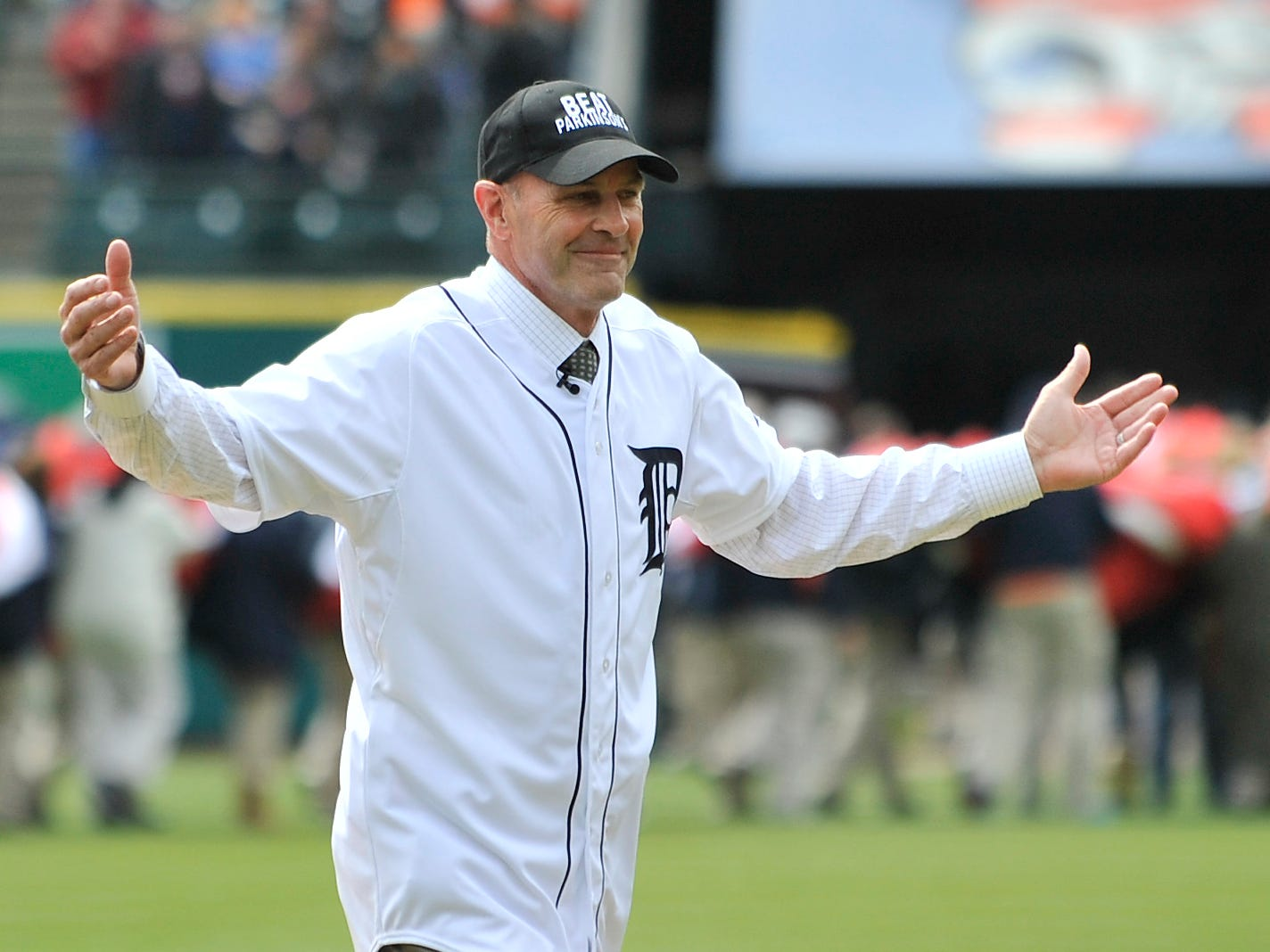 Gibson acknowledges the applause of fans before tossing out the first pitch in the home opener at Comerica Park on Friday, April 8, 2016.