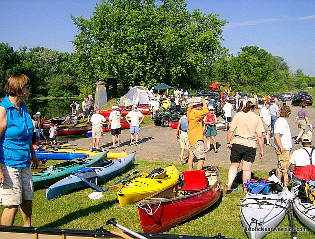 Chemung River Friends will sponsor a canoe and kayak flea market Saturday.