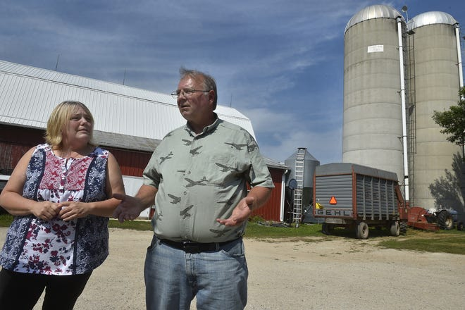 Dale and Karen Cihlar talk about the future of dairy farming Aug. 14, 2018.