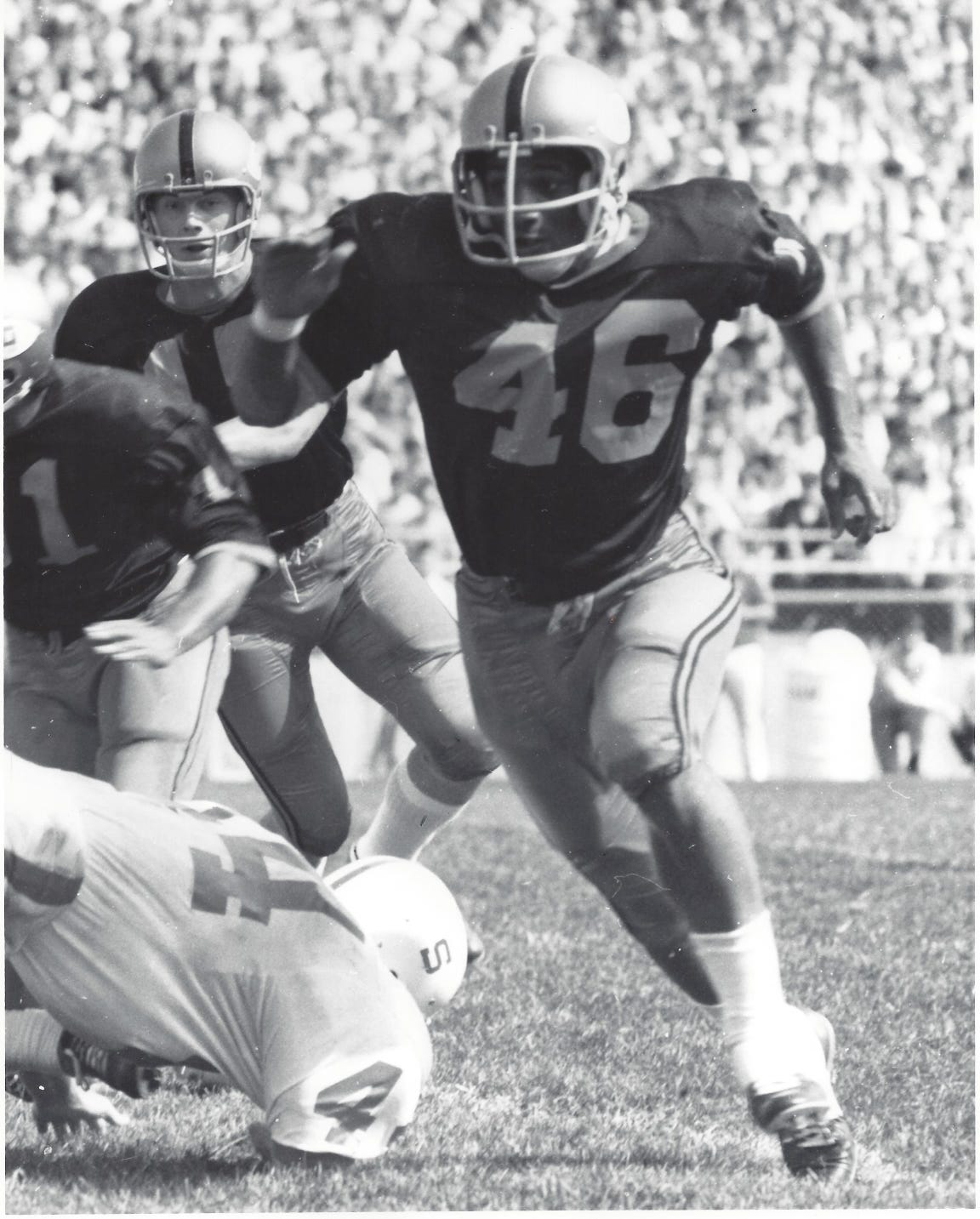 Purdue running back Randy Cooper sprints downfield to make a block during a 1969 victory against Stanford.