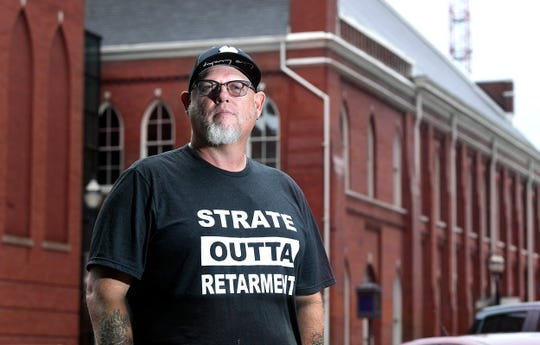 """Country music comedian Cledus T. Judd is hitting the road again for the first time in about 10 years, booking about a dozen concert dates as part of his """"Here Come da Judd: The Strate Outta Retarment"""" tour."""
