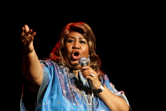Aretha Franklin performs during a benefit concert for the National Marfan Foundation at Hammerstein Ballroom Tuesday, Nov. 14, 2006, in New York.