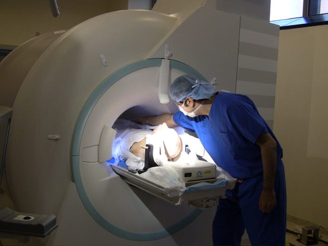 Dr. Hooman Azmi performs an MRI-Guided Deep-brain Stimulation procedure at HUMC.