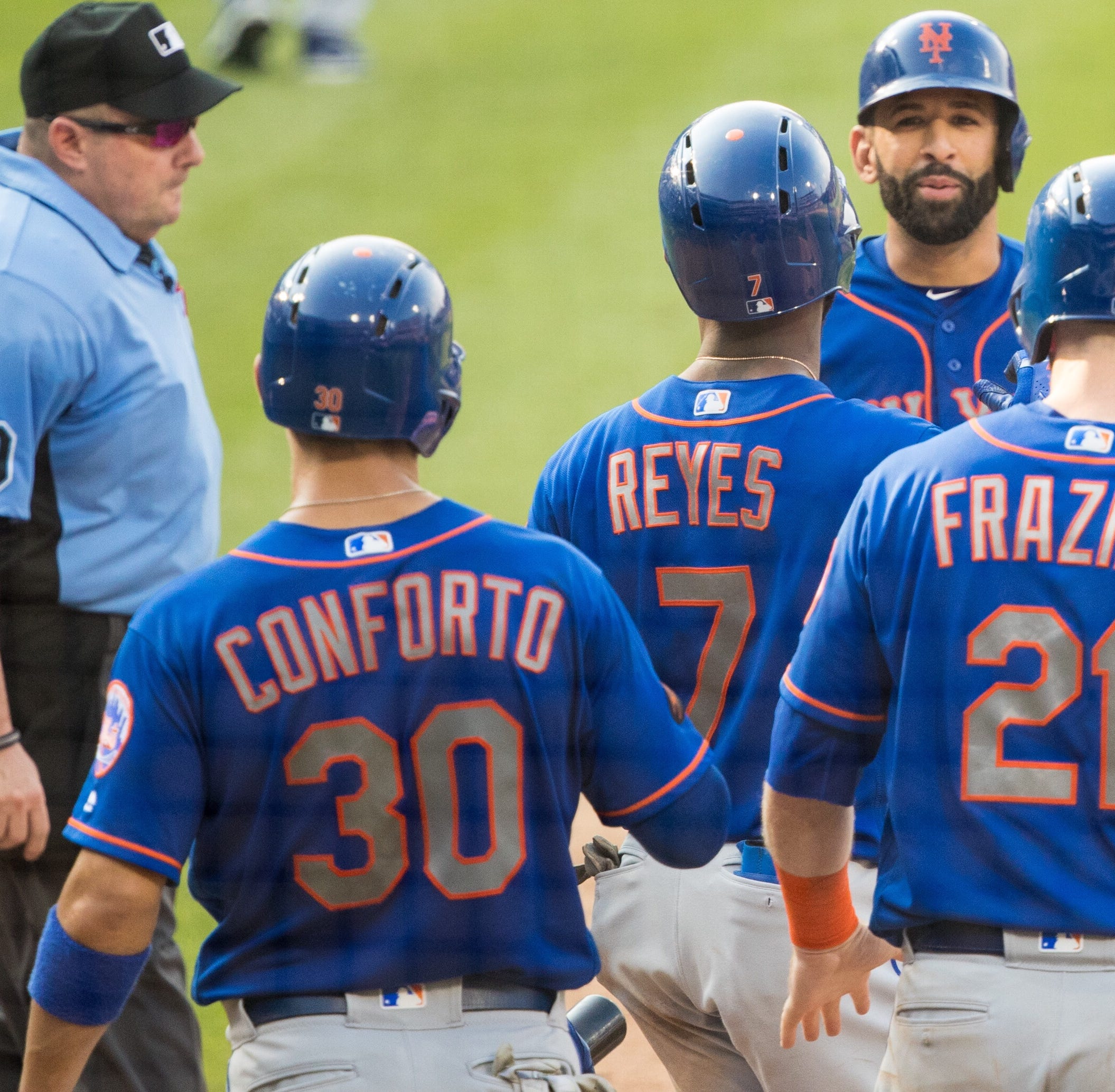 NY Mets set franchise scoring record in first game with Phillies, but fall in nightcap