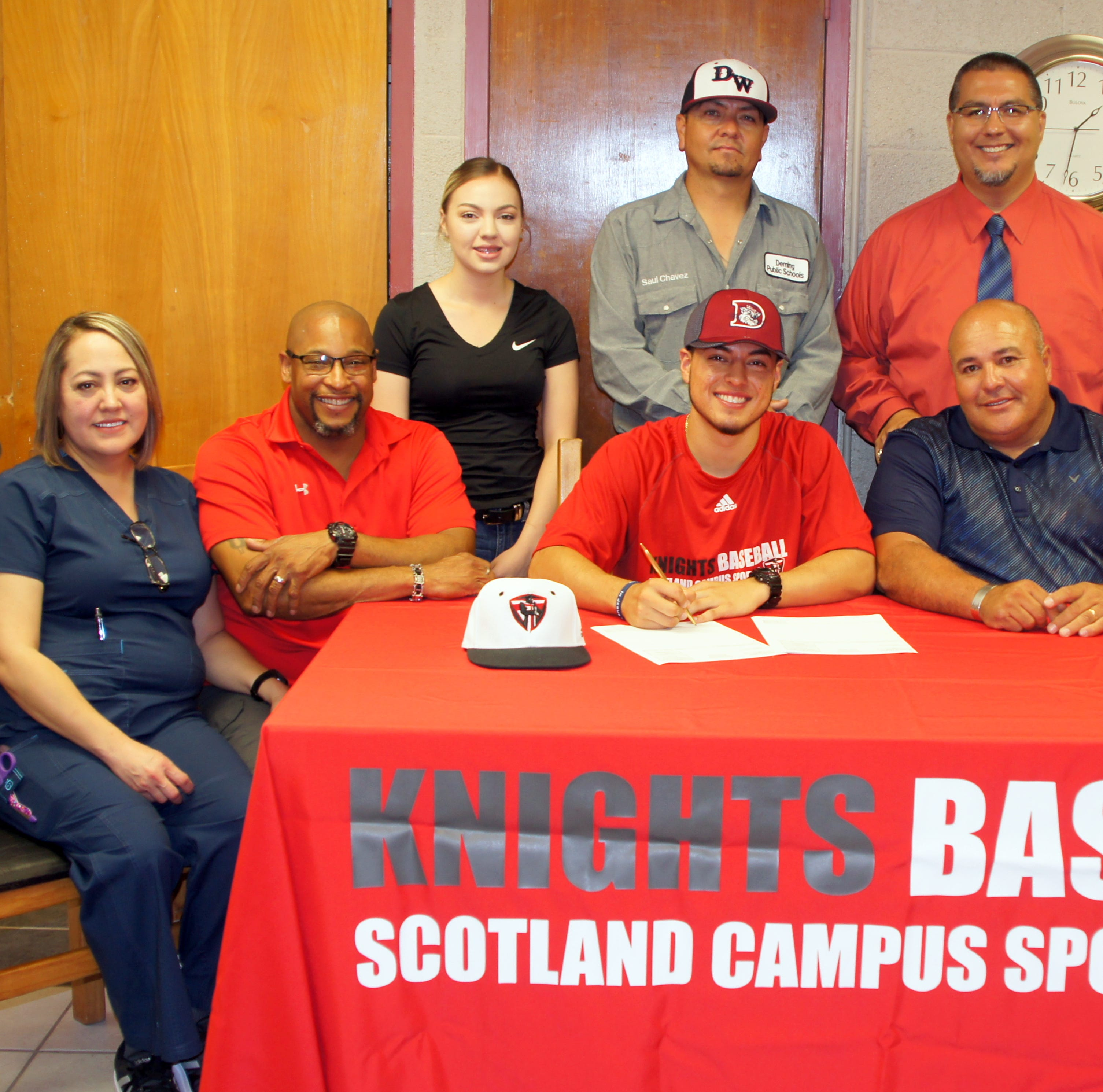 Former Wildcat Mireles signs with Christian-based baseball school