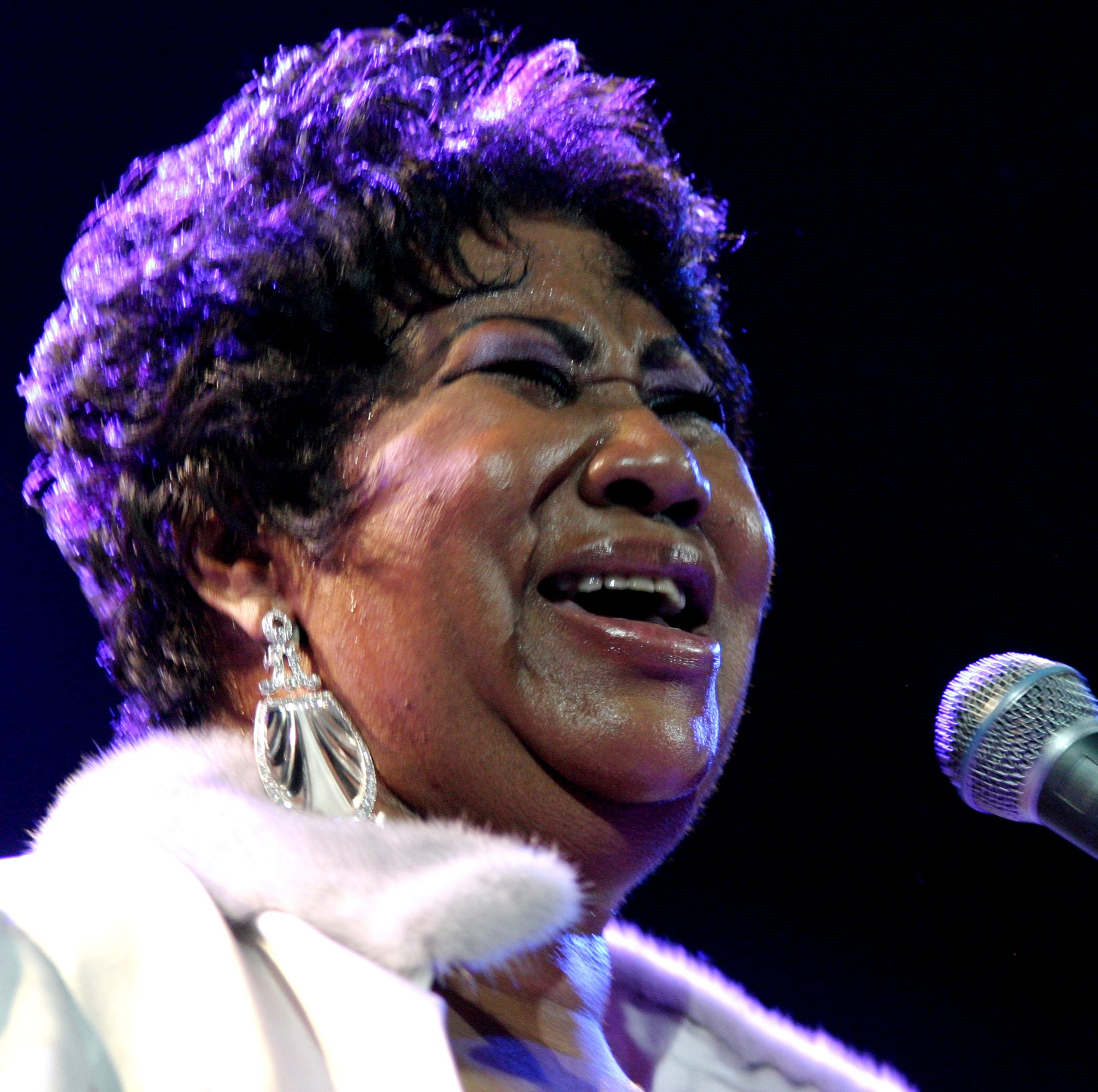 Aretha Franklin, the 'Queen of Soul,' who was booked for the McCallum Theatre, dies at 76