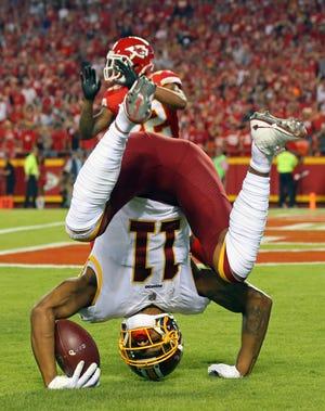 Oct 2, 2017; Kansas City, MO, USA; Washington Redskins wide receiver Terrelle Pryor Sr. (11) catches a touchdown against the Kansas City Chiefs in the first half at Arrowhead Stadium.