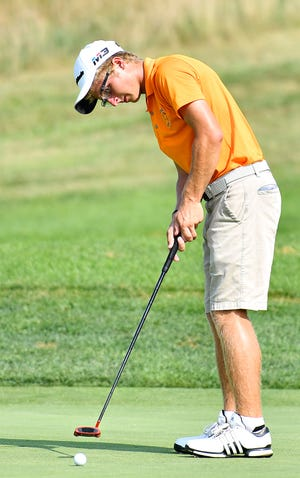 Central York's Carson Bacha fired a 66 on Wednesday at South Hills Golf Club. DISPATCH FILE PHOTO