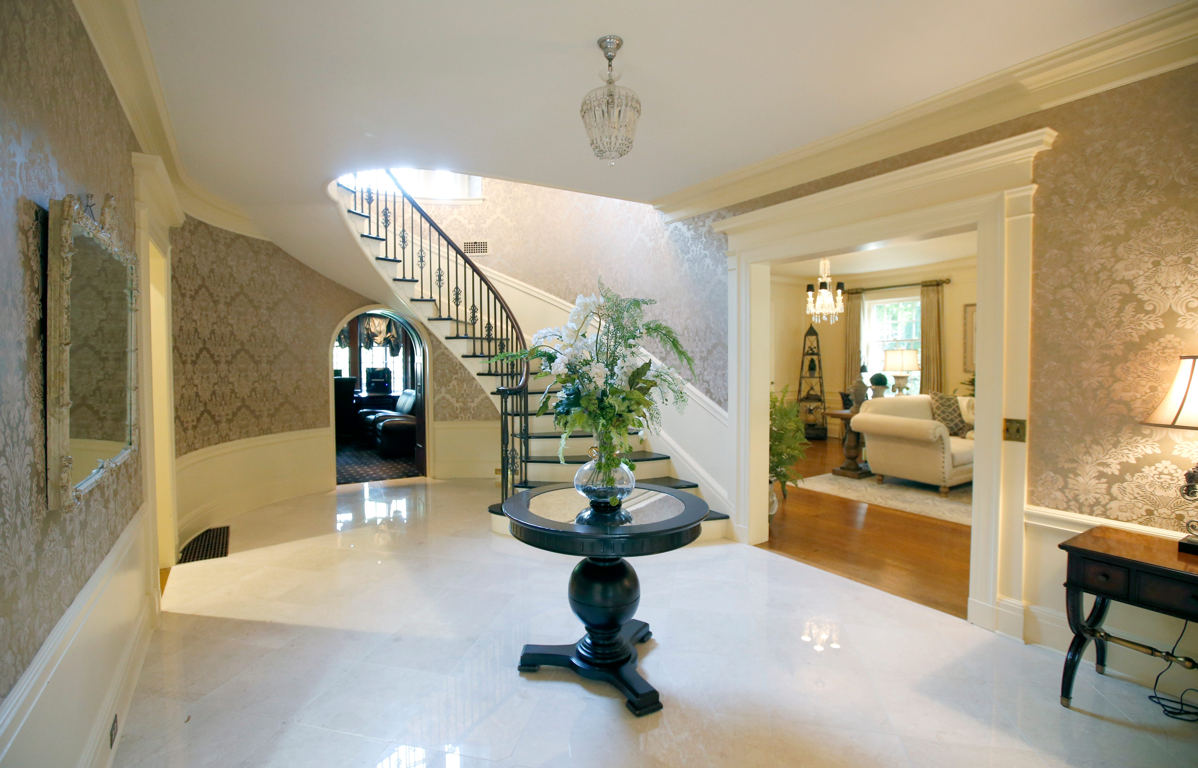 Million Dollar Homes In Rochester? Hereu0027s One For Sale Off East Avenue