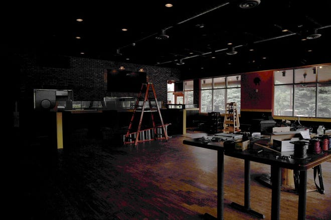 Rudy M. Navarrete's Tex-Mexican food plans to open in September in the former Starz location.