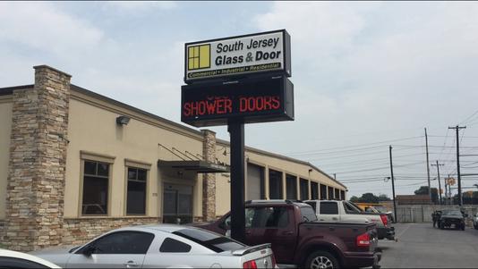 SJ Glass & Door