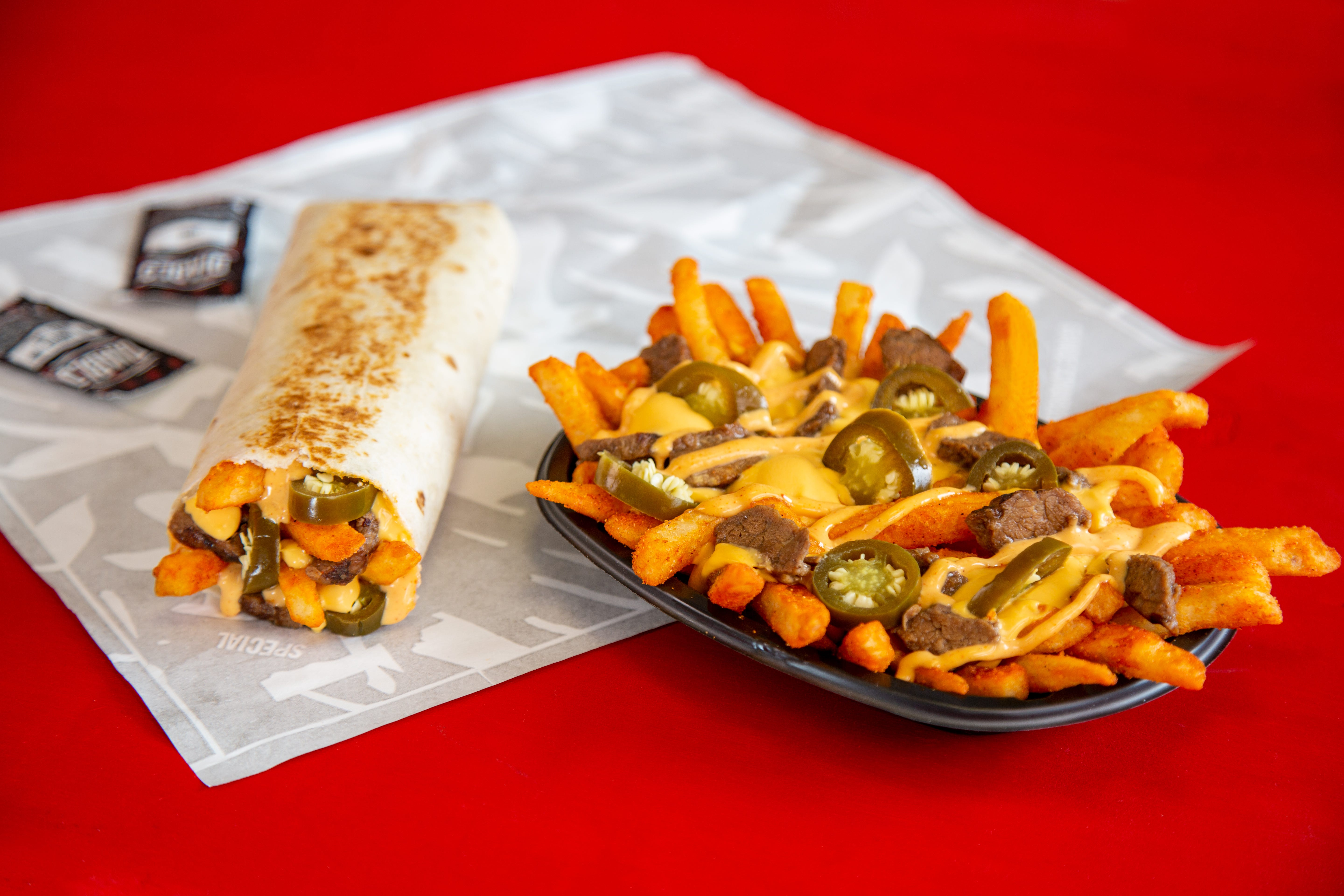 New spicy Steak Rattlesnake Fries are sliding into Taco Bell for limited time