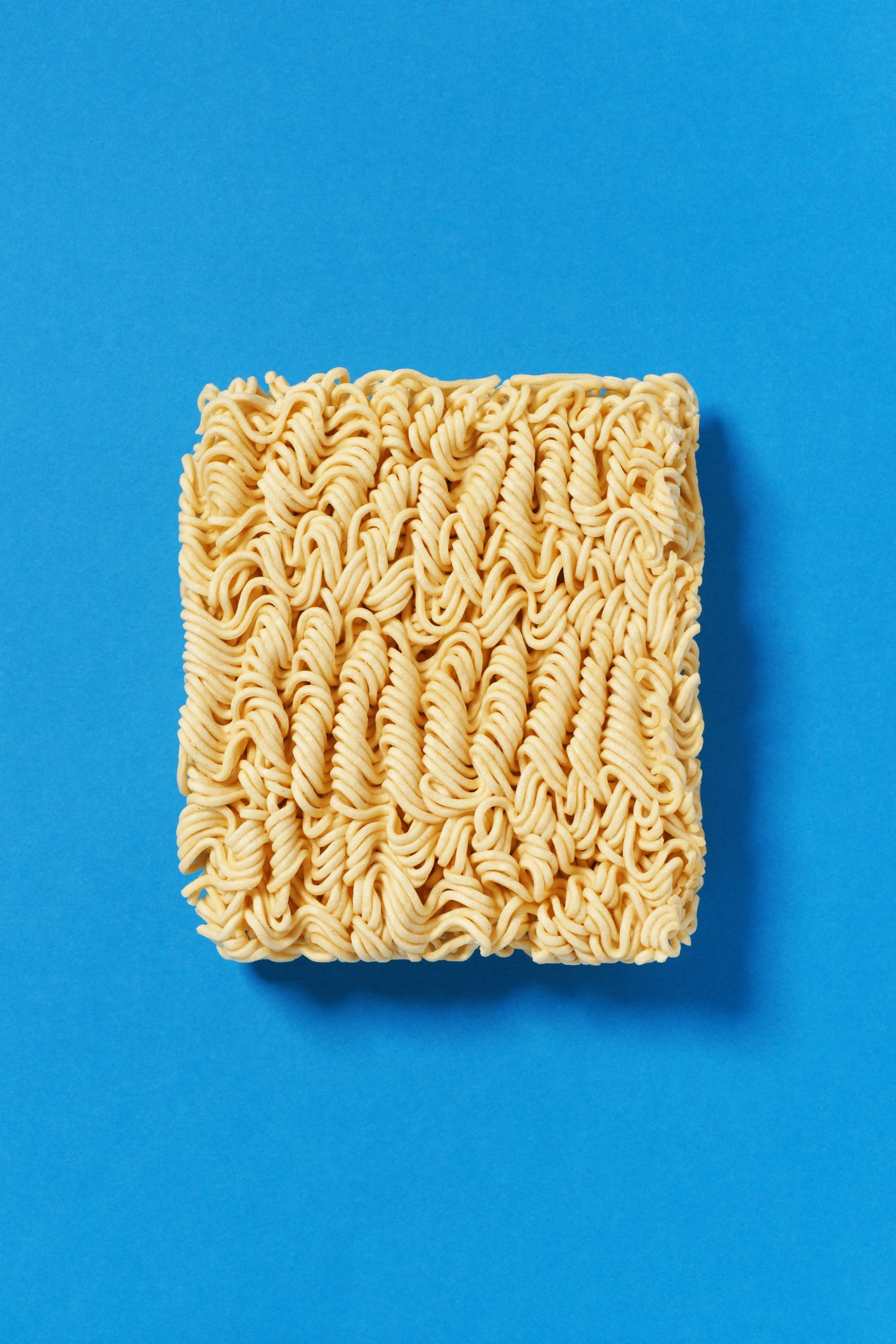Nearly $100,000 worth of ramen noodles stolen in tractor trailer heist