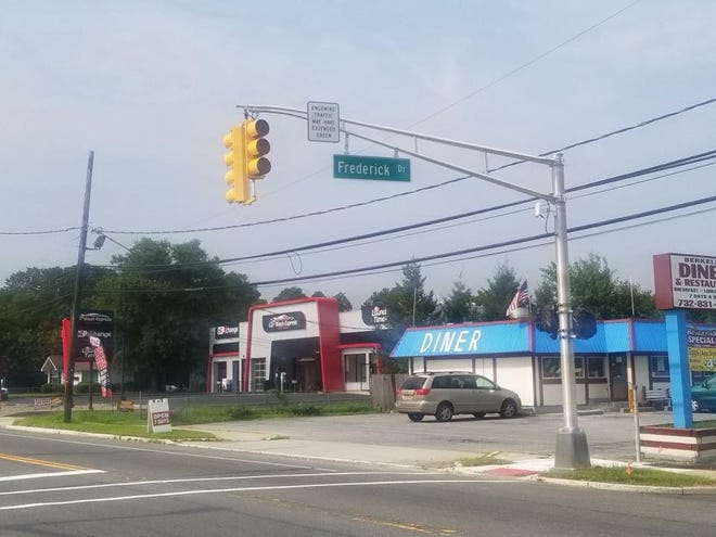 The new traffic light at Route 9 and Frederick Drive in the Bayville section of Berkeley Township.
