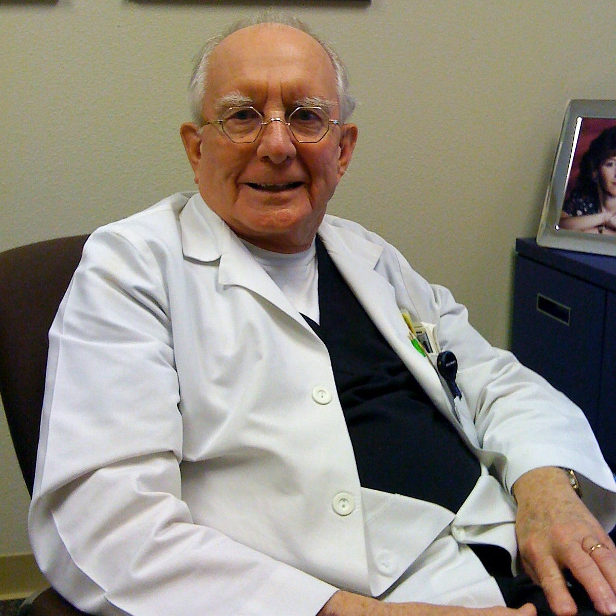 Dr. Jack Bargainer, who performed Abilene's first heart catheterization, dies