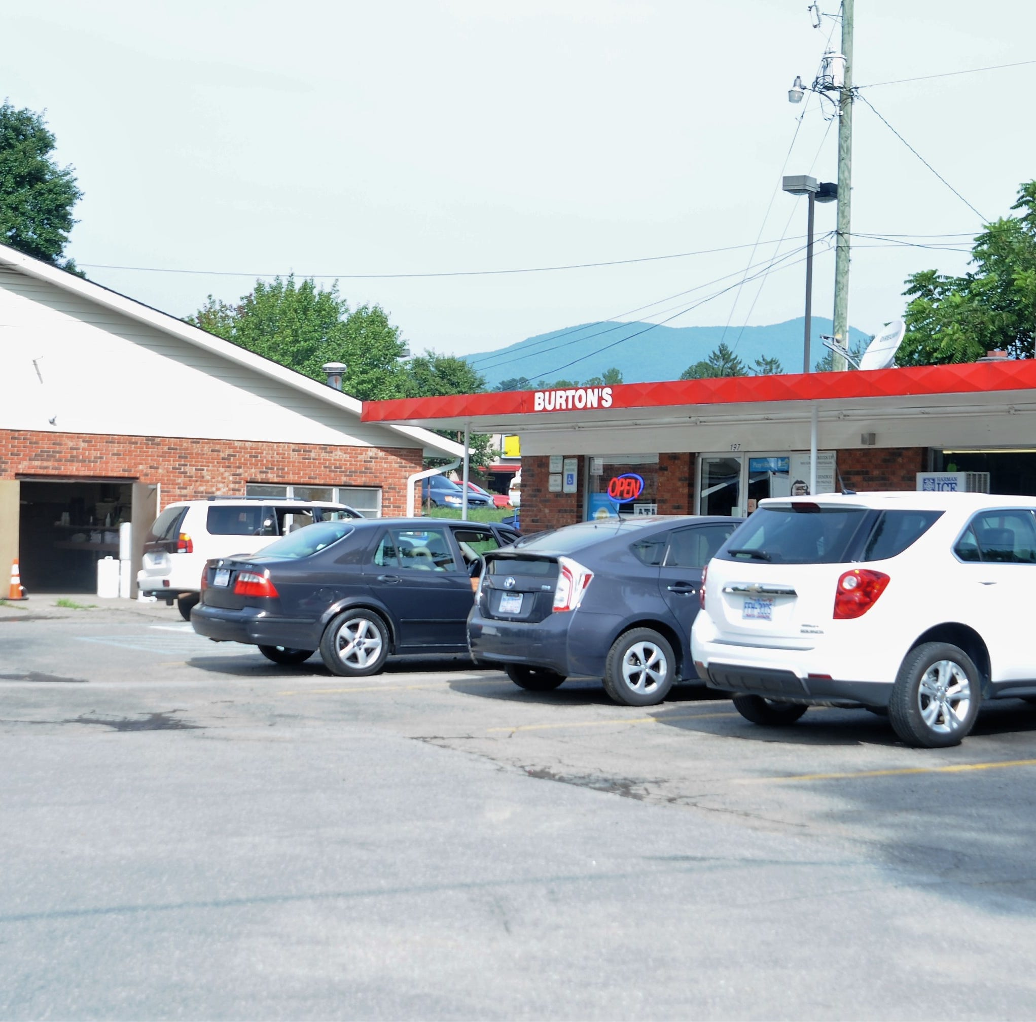 Black Mountain police continue to investigate convenience store robbery