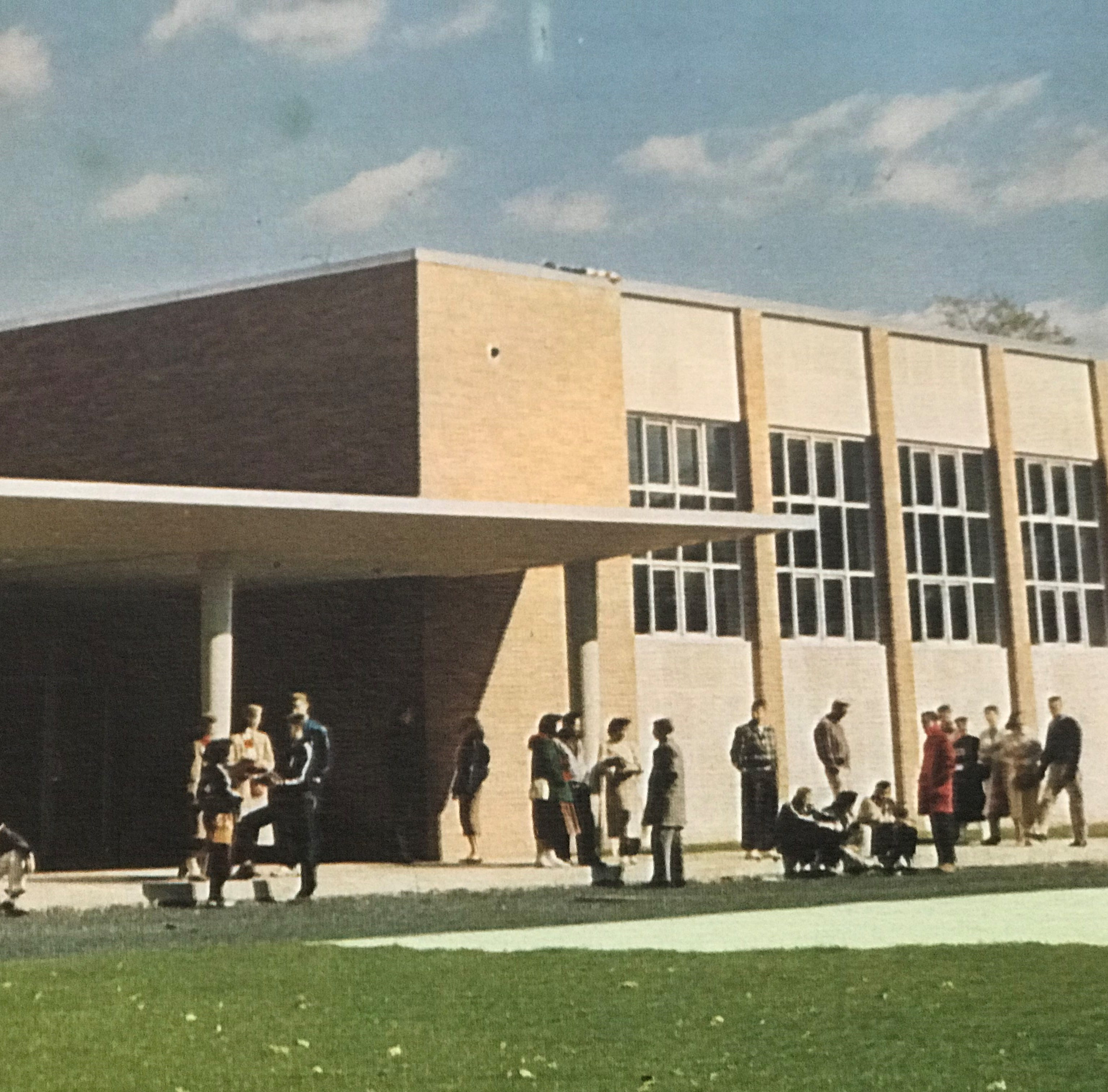 Scotch Plains-Fanwood High School Class of 1958 to celebrate 60th reunion