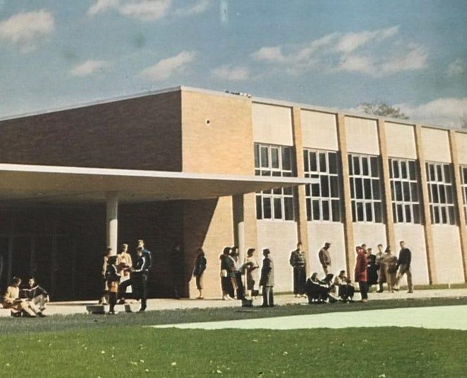 New Scotch Plains Fanwood High School on Westfield Rd in 1958