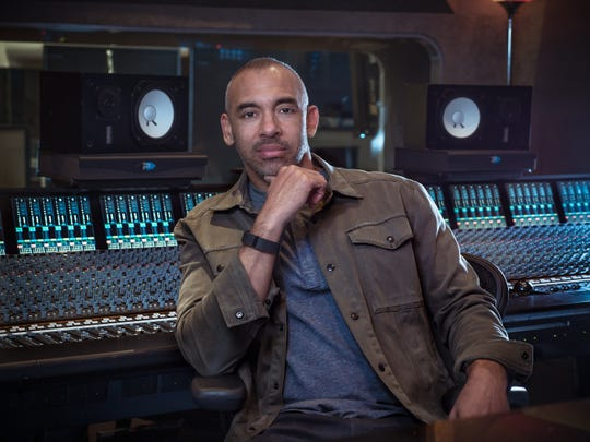 Harvey Mason Jr., who collaborated with Aretha Franklin on several albums,  is the music producer for the planned bio-pic on the legendary singer. In January 2018, it was announced that the star of the film will be Jennifer Hudson , who was chosen by Franklin herself.