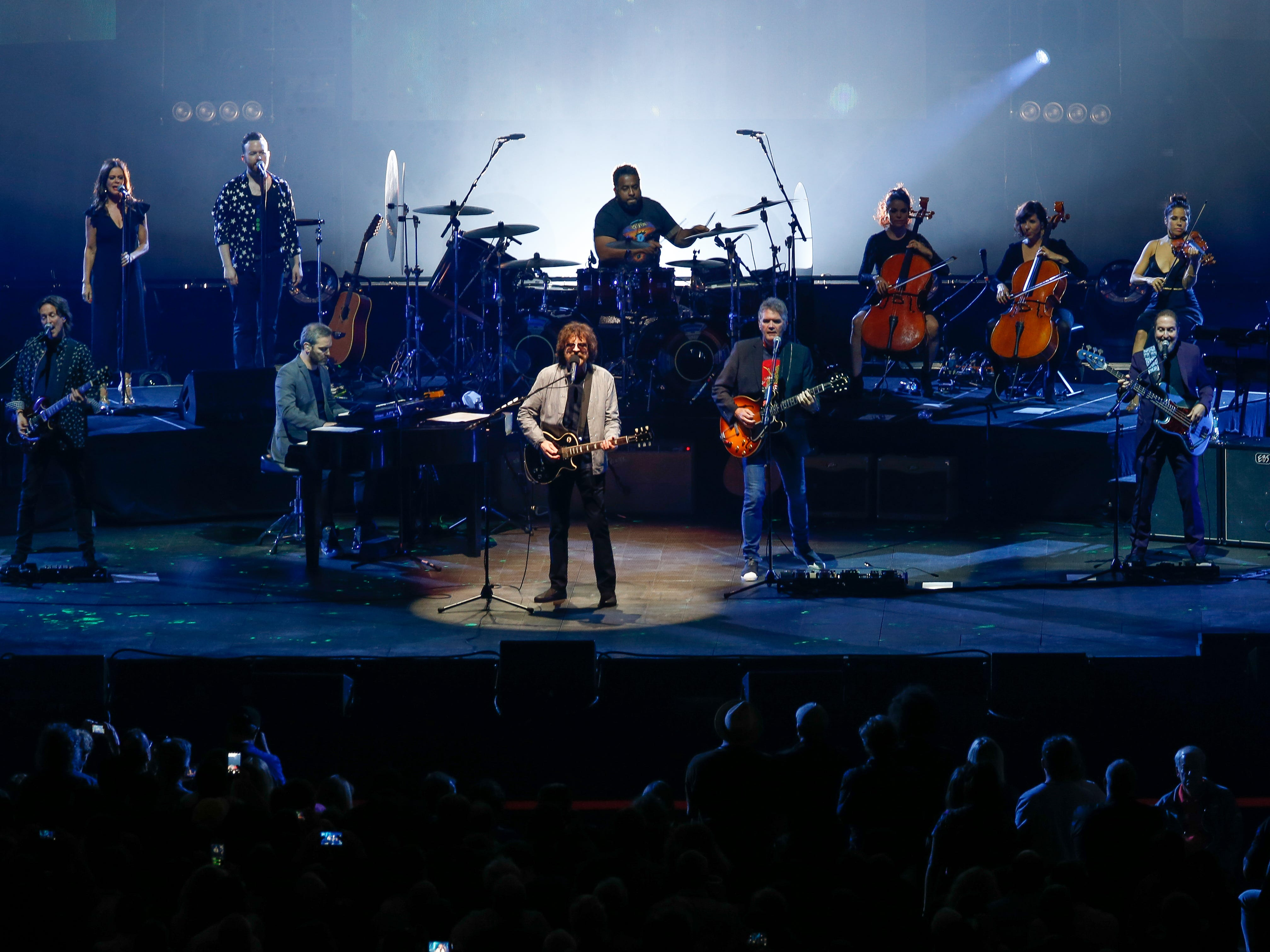 Jeff Lynne's ELO performs Thursday night at Little Caesars Arena in Detroit.