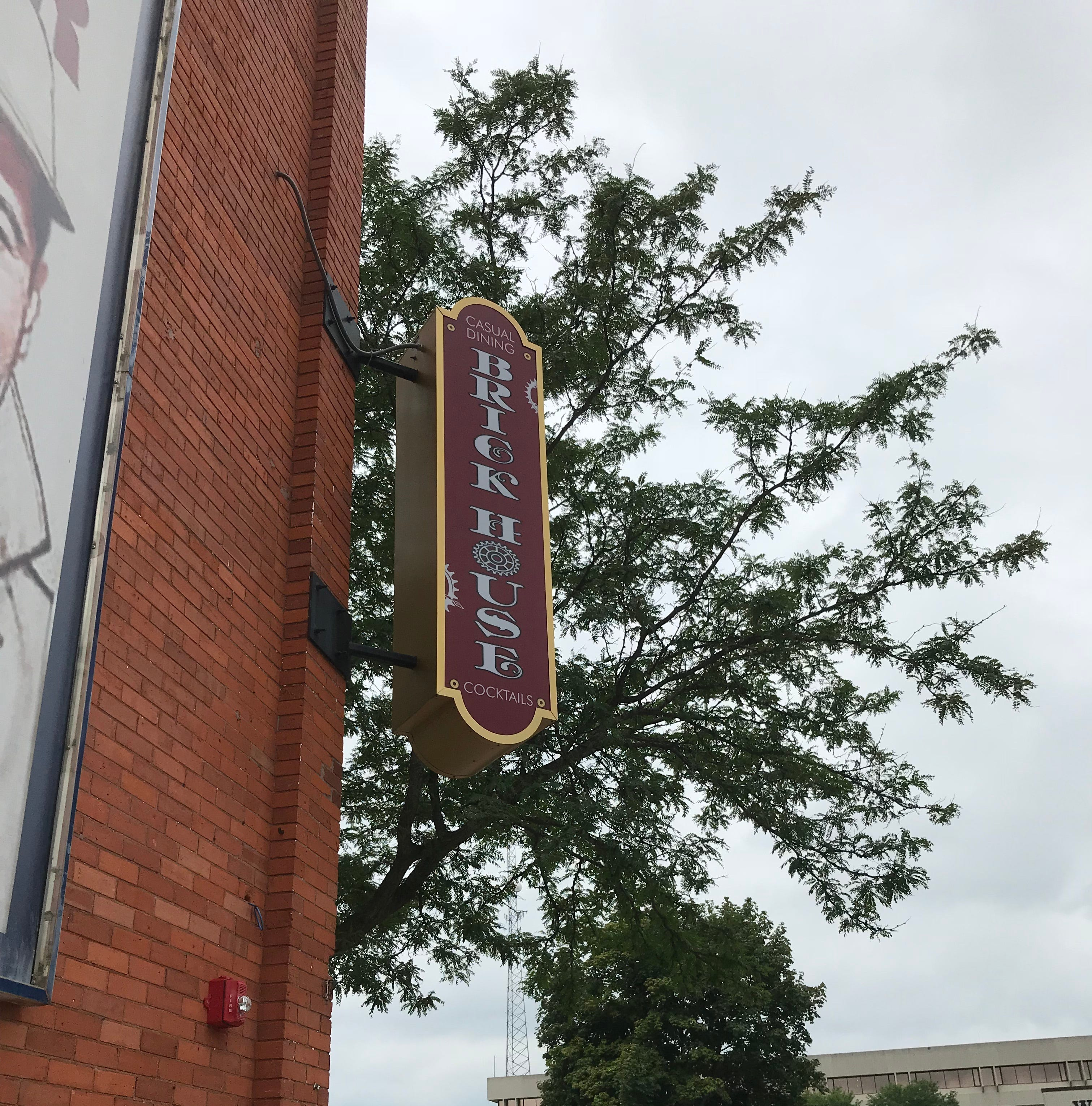 Brick House seeks to offer causal, classy restaurant as renovations continue| Streetwise