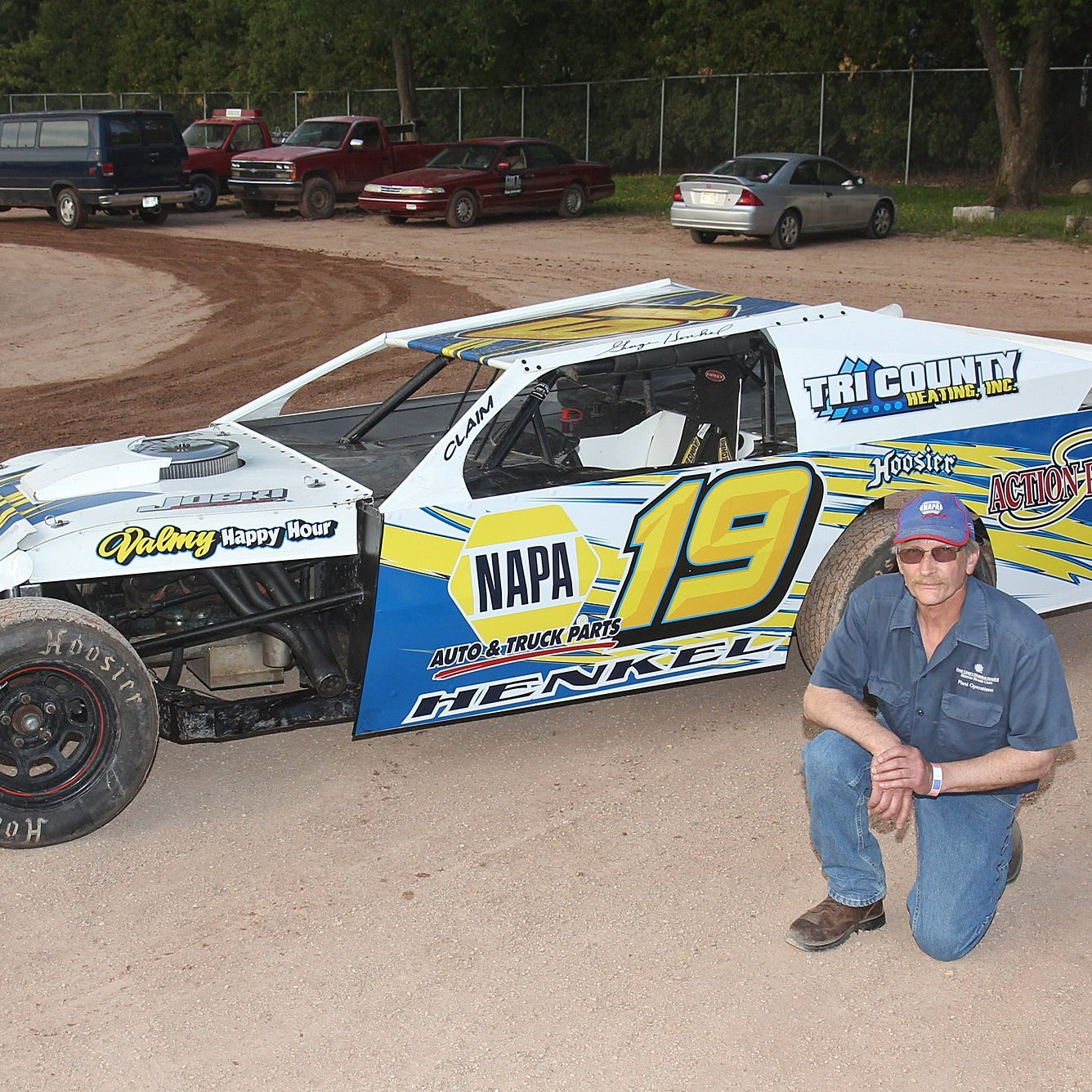 After 14 years away from the track, Sturgeon Bay's Henkel gets back behind the wheel
