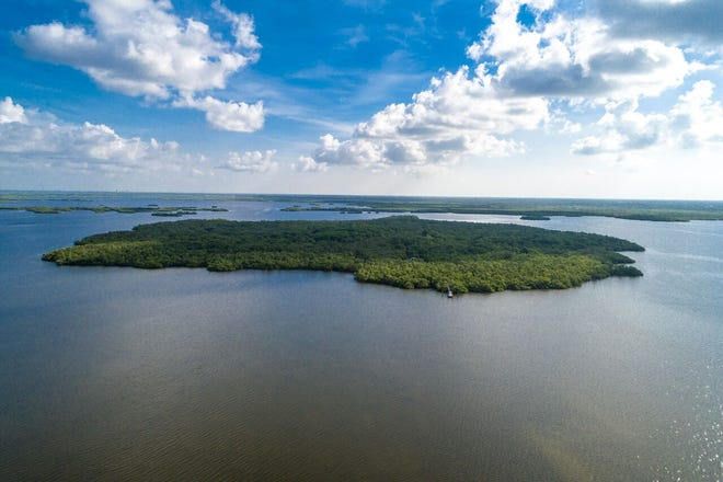 Mound Key is a 125-acre island in the middle of Estero Bay that archaeologists believe served for thousands of years as the capital of the native Calusa civilization.