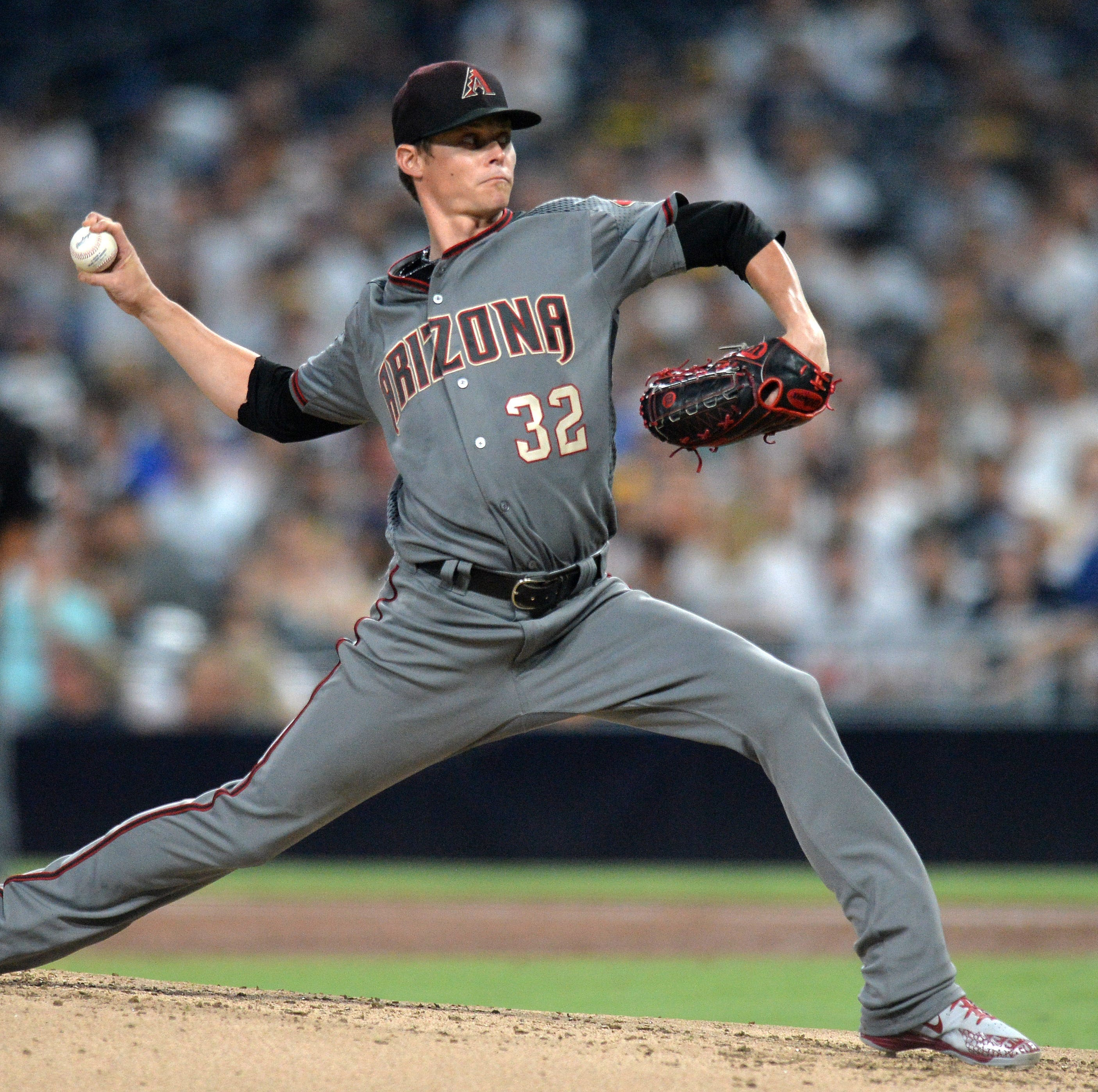 Diamondbacks' Clay Buchholz fires first complete game since 2015 in win vs. Padres