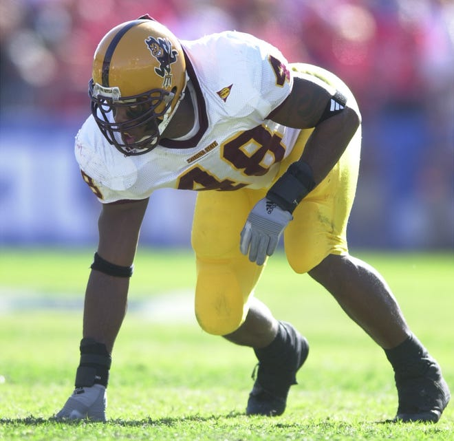Arizona State's Terrell Suggs during the Arizona game Nov. 29, 2002.