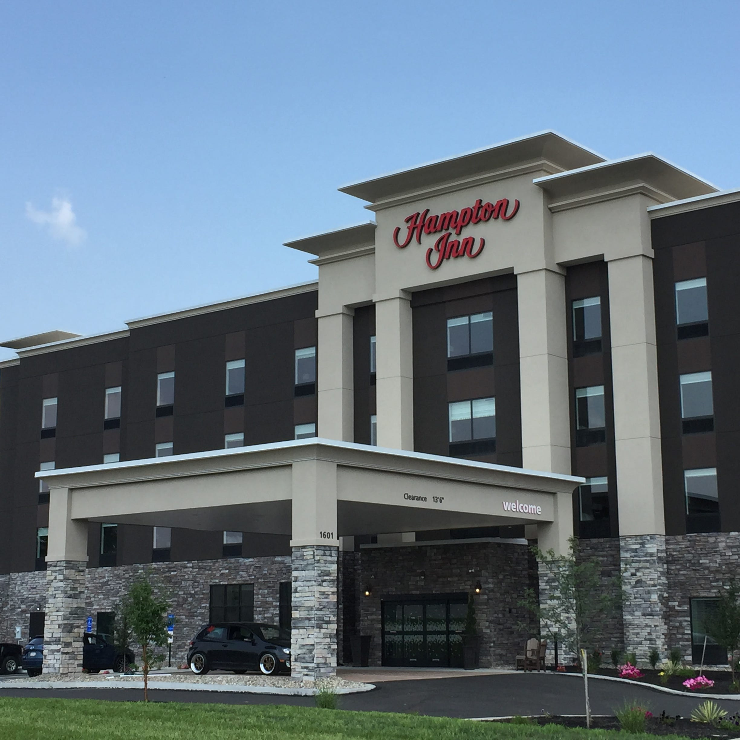 Hampton Inn opens in Lebanon
