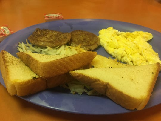 Breakfast at the Cotton Boll Grill