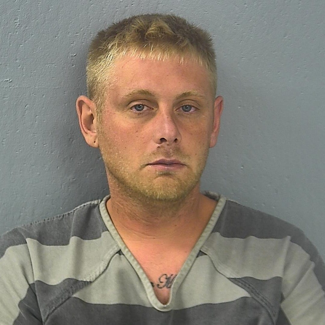 Springfield man stabbed roommate in the head, police say