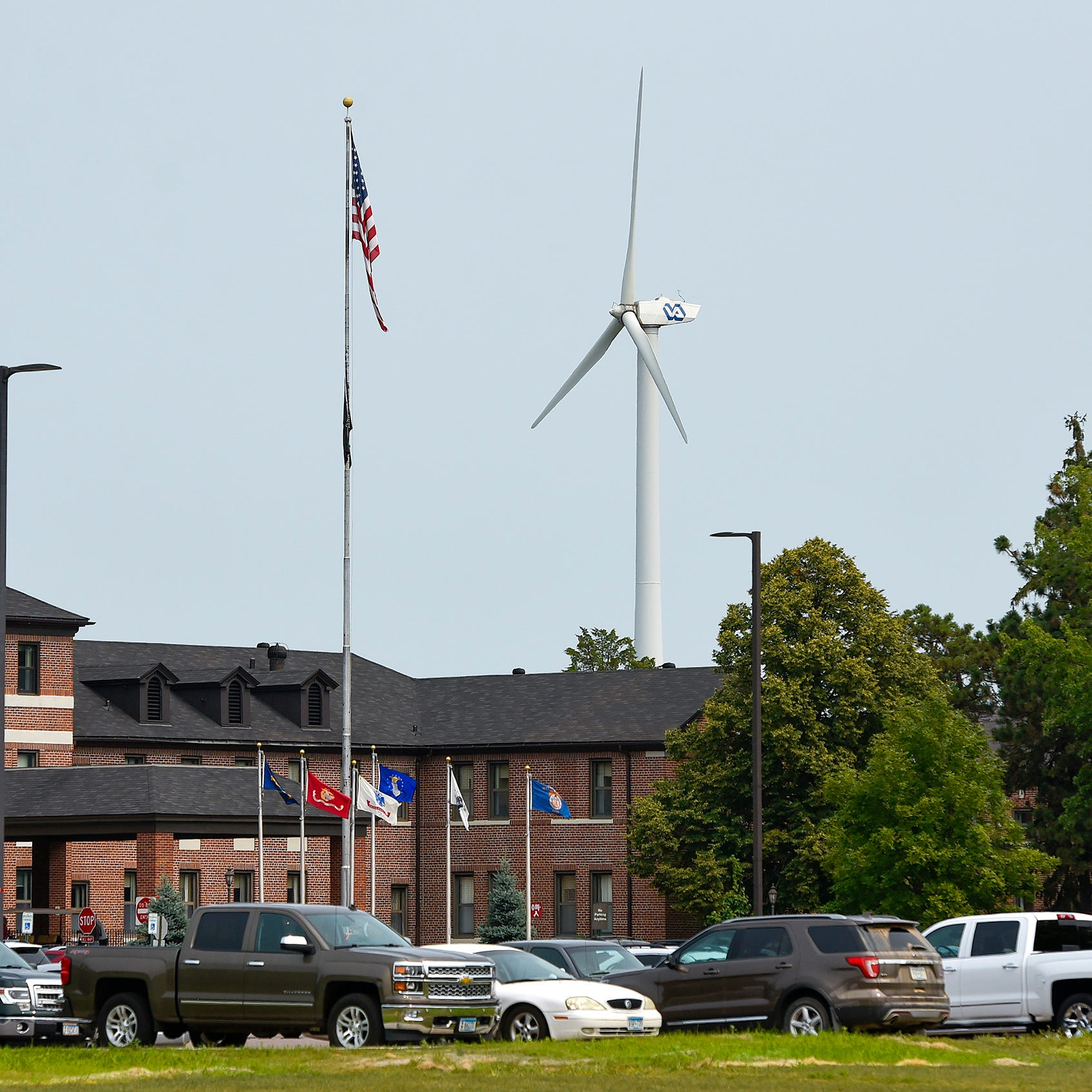 St. Cloud VA to take down ill-fated, dysfunctional wind turbine in 2019