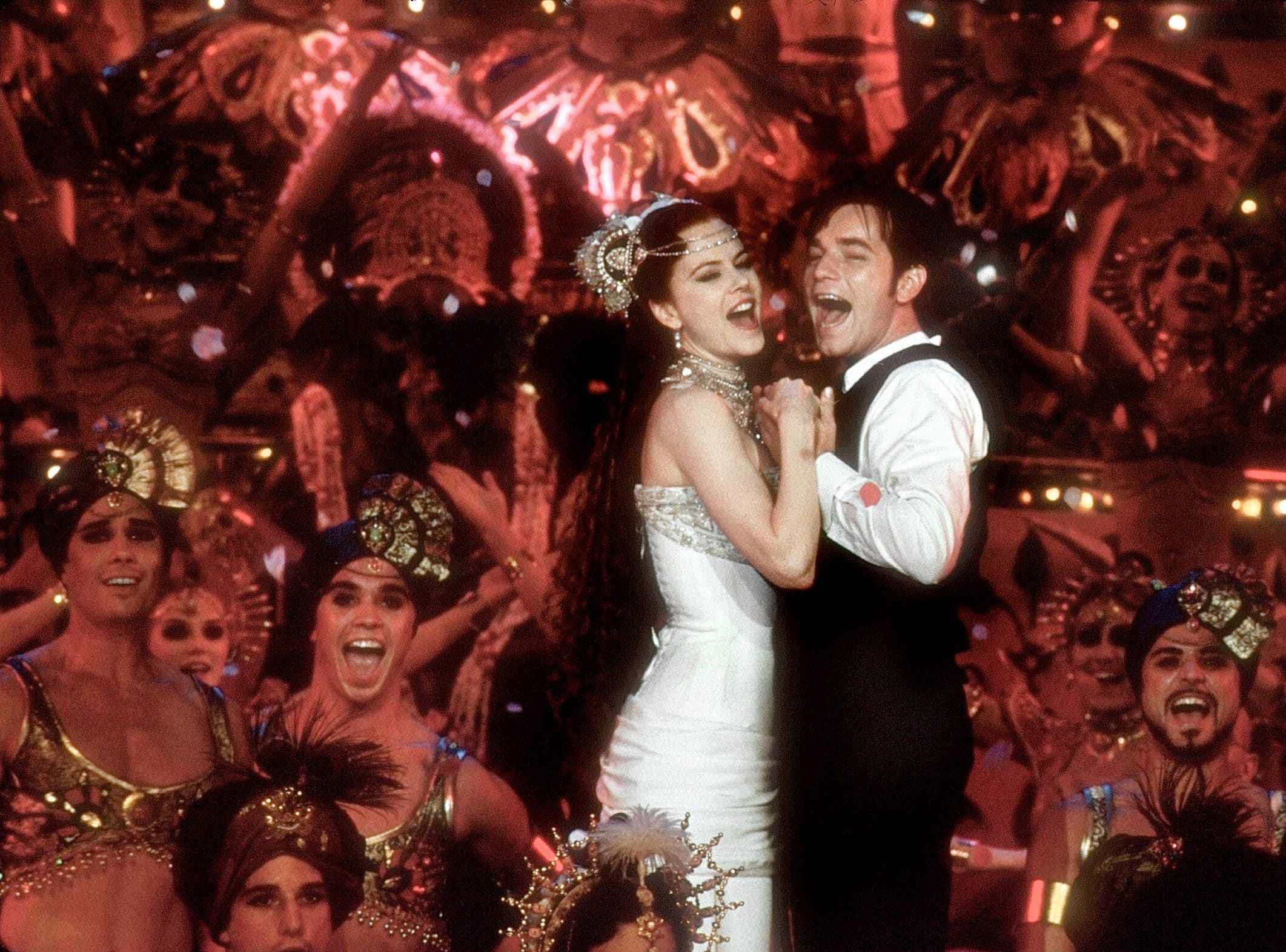 'Moulin Rouge!': Sometimes it's about more than the clothes. This time it's about spectacle, and Baz Luhrmann's jukebox musical has it throughout.