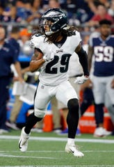 Philadelphia Eagles cornerback Avonte Maddox defends against the New England Patriots during the first half of a preseason NFL football game, Thursday, Aug. 16, 2018, in Foxborough, Mass. (AP Photo/Mary Schwalm)