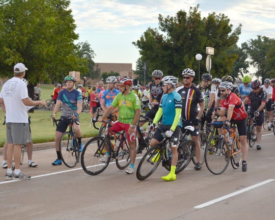 Over 200 bike enthusiasts are expected to be on hand for the 23th annual Vernon Burnin' Bike Ride to be held Saturday, Aug.18.  The event is sponsored by the Vernon Jaycees and Vernon Optimist Club. Riders are shown at the beginning of a previous race as they begin their tour of Wilbarger County.
