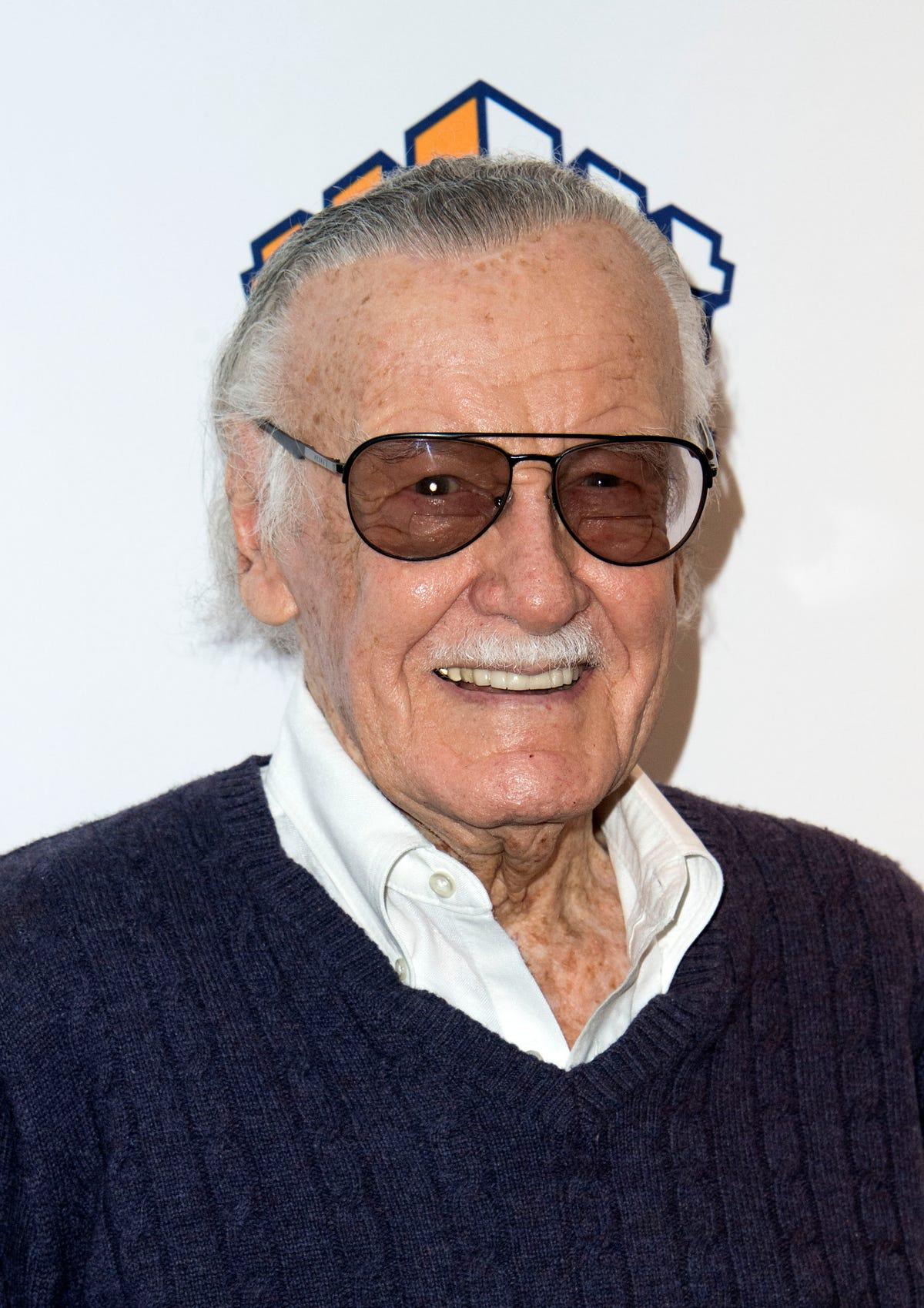 Stan Lee dead: Chris Evans, Marvel superheros react to icon's passing