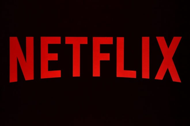Netflix has deleted all user reviews of its streaming entertainment, just like it said it would.