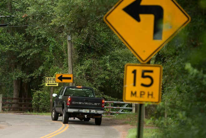 Drivers travel on West Kingsfield Road on Saturday, August 18, 2018. West Kingsfield Road between County Road 97 and Beulah Road is an often-narrow road with no shoulder and makes three 90-degree turns.