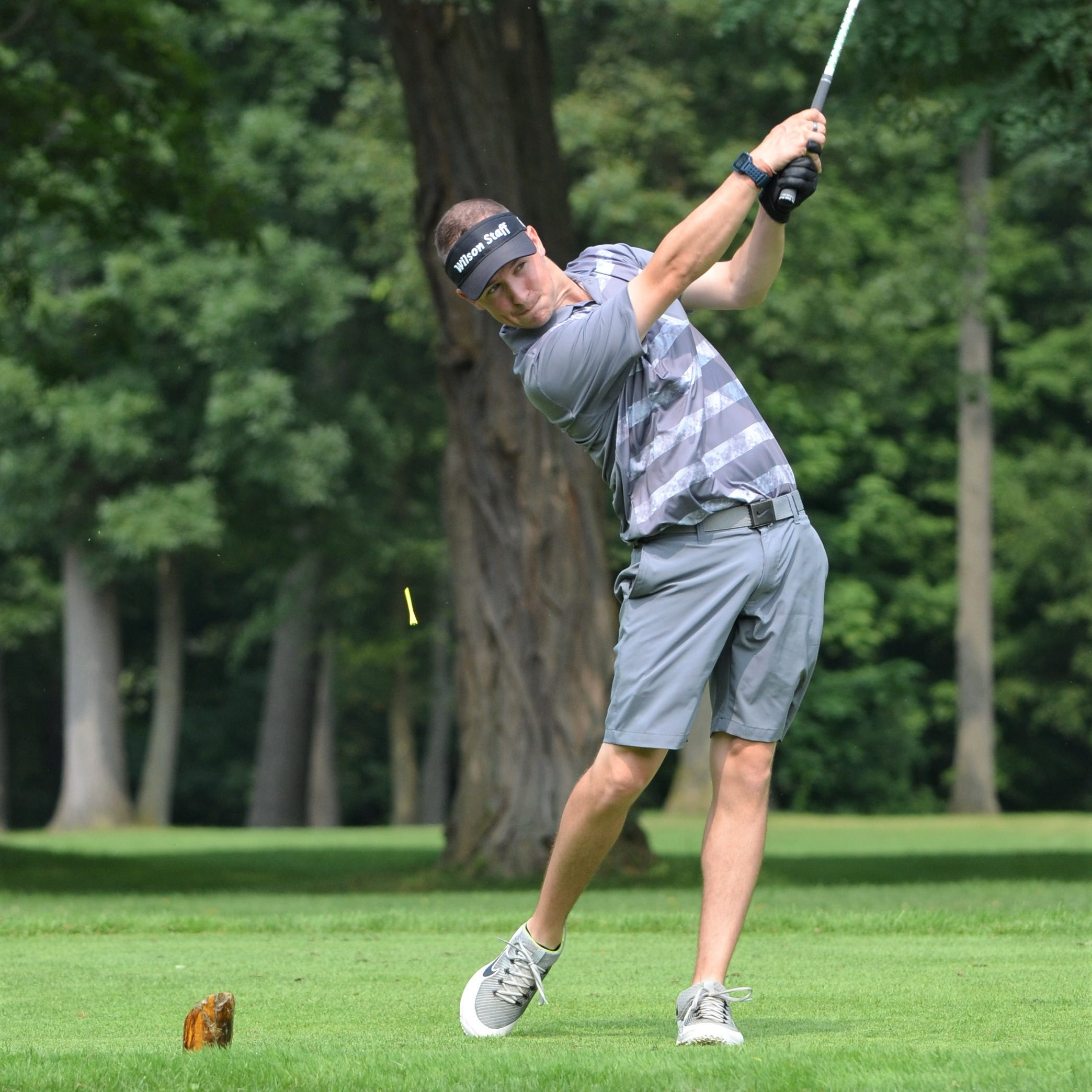 Trio of former Lakeview standouts among leaders after 1st round of Cal-Am golf tourney
