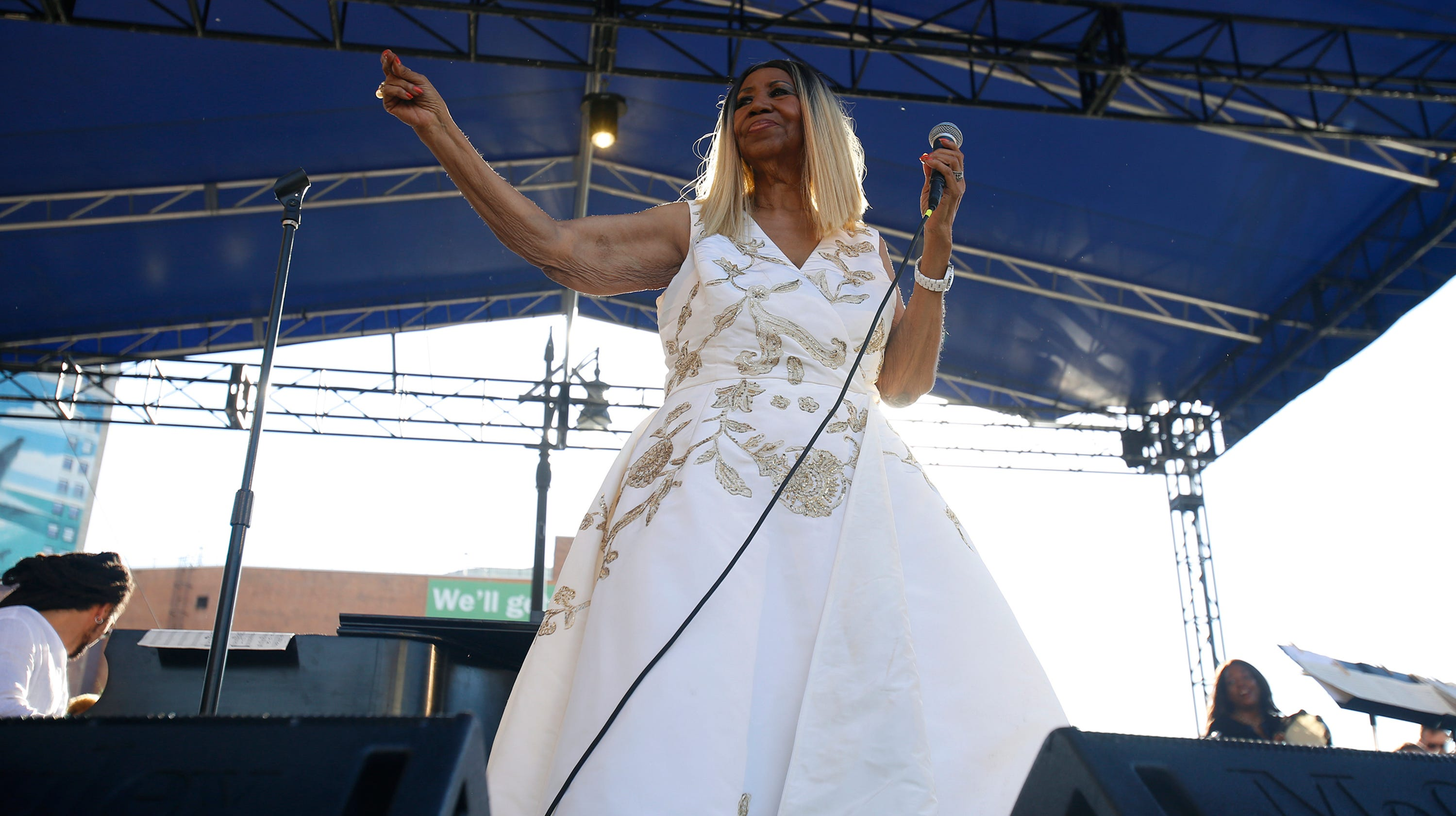 How to get free tickets to Aretha Franklin tribute concert at Chene Park