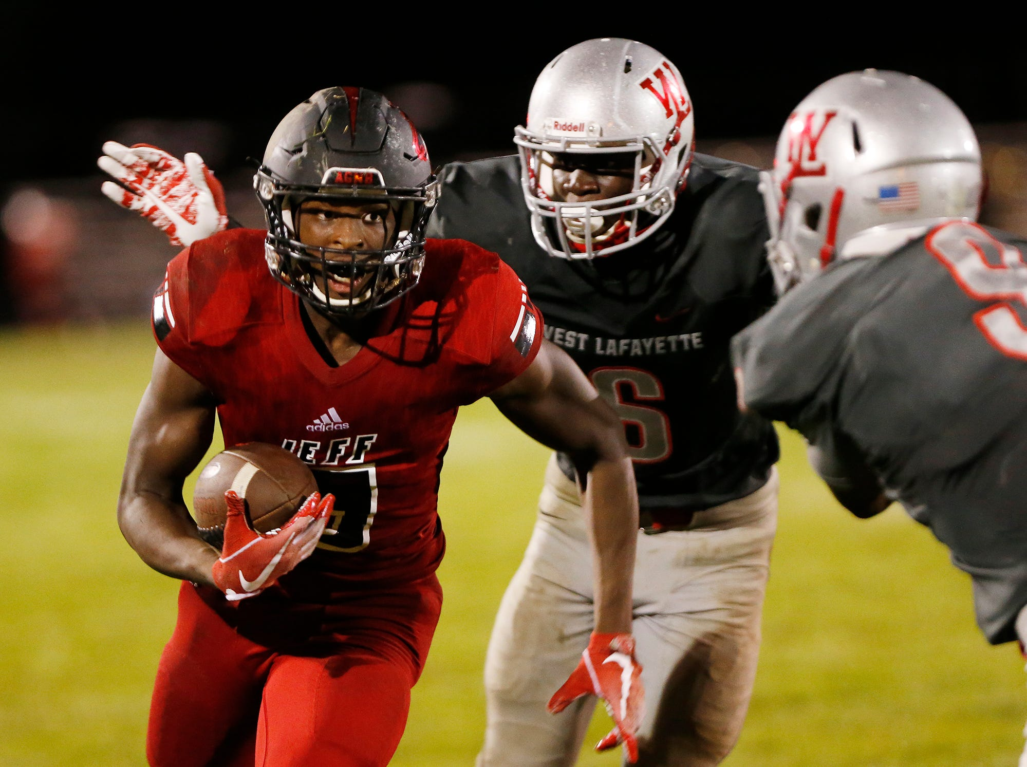 Vote for the J&C football Player of the Week