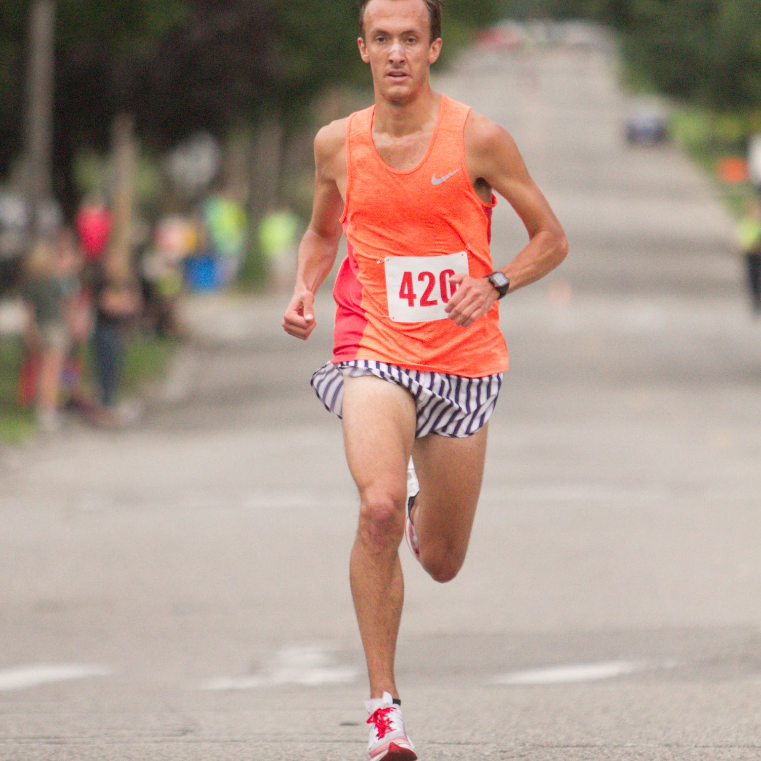 First-time marathoner from Howell finishes second in Grand Rapids