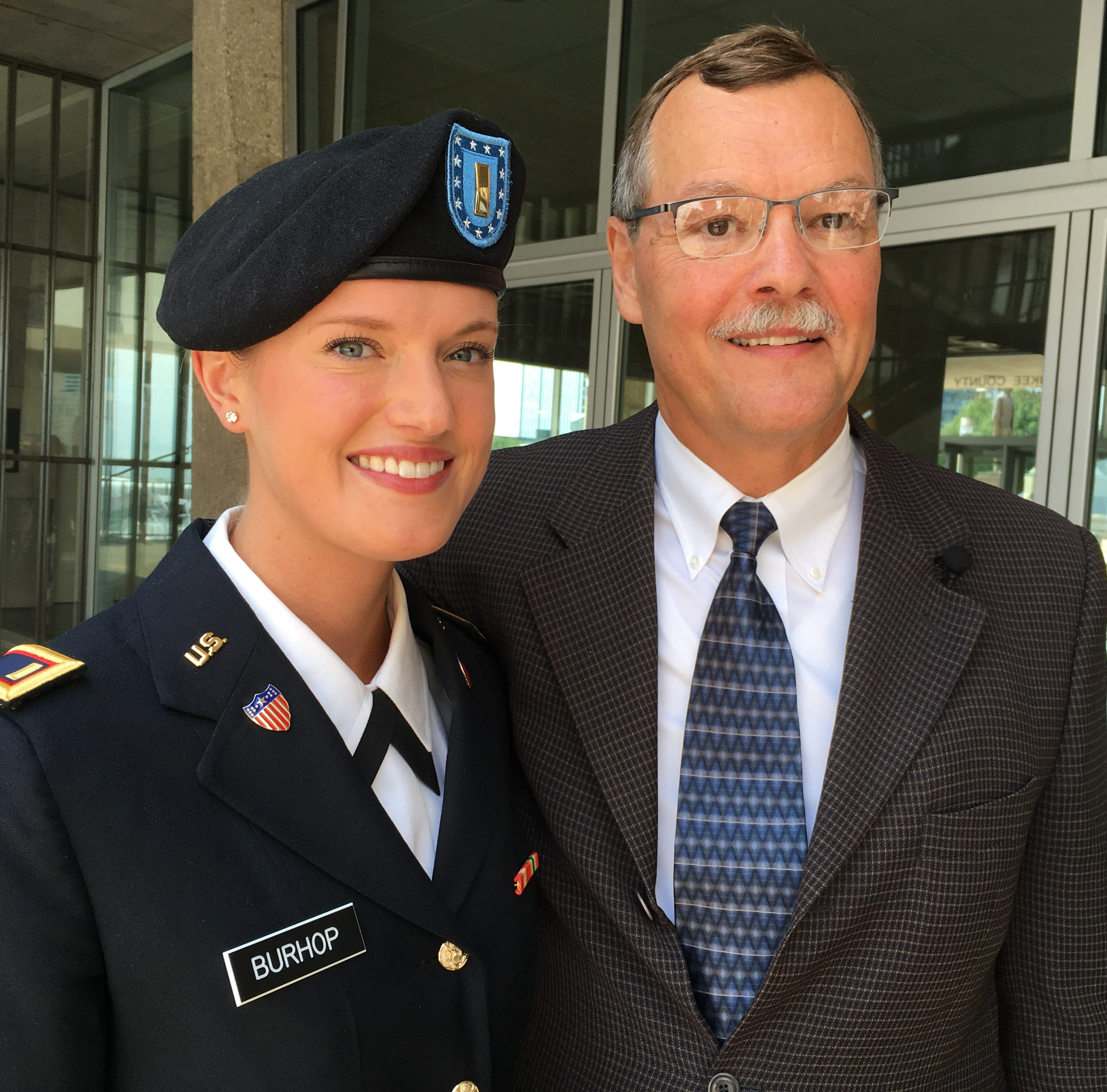 He's in the Army now: 60-year-old Wisconsin doctor joins military