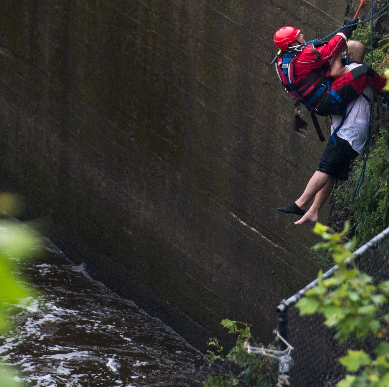 Man who fell trying to retrieve cell phone rescued from base of Paterson Great Falls