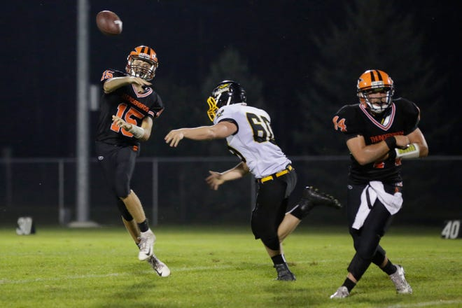 Junior quarterback Connor Kurki (15) and fifth-ranked Iola-Scandinavia will look to stay undefeated when they travel to Bonduel on Friday in a battle of CWC-Large unbeatens.