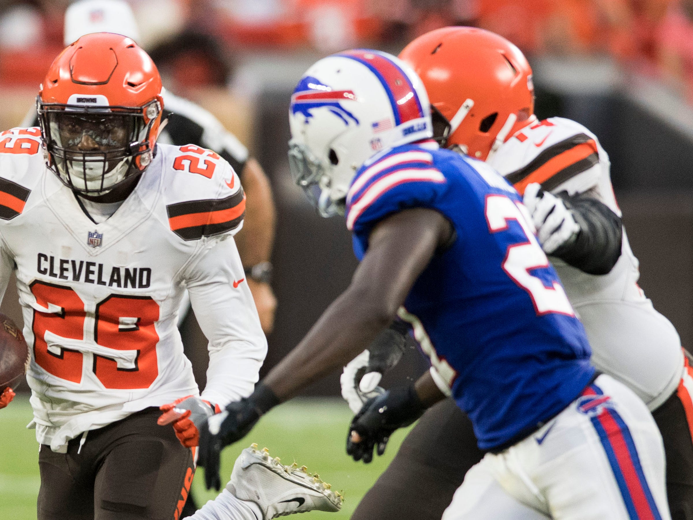 Aug 17, 2018; Cleveland, OH, USA; Cleveland Browns running back Duke Johnson (29) runs with the ball during the first half against the Buffalo Bills at FirstEnergy Stadium. Mandatory Credit: Ken Blaze-USA TODAY Sports