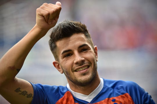 Emmanuel Ledesma salutes the crowd prior to the start of the match against the Charleston Battery Saturday, August 18th at Nippert Stadium