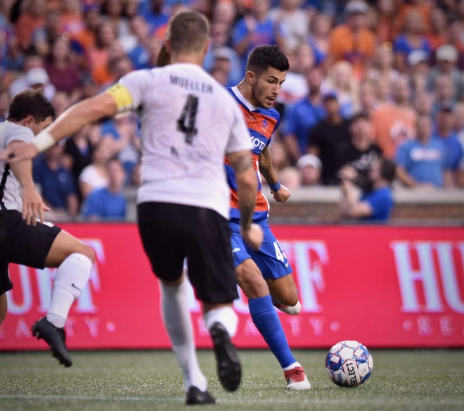 Emmanuel Ledesma scores a first half goal against the Charleston Battery Saturday, August 18th at Nippert Stadium